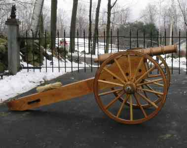 Bob Packards cannon with R & P Tradings cannon wheels.